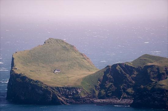 Elliðaey island vestmannaeyjar